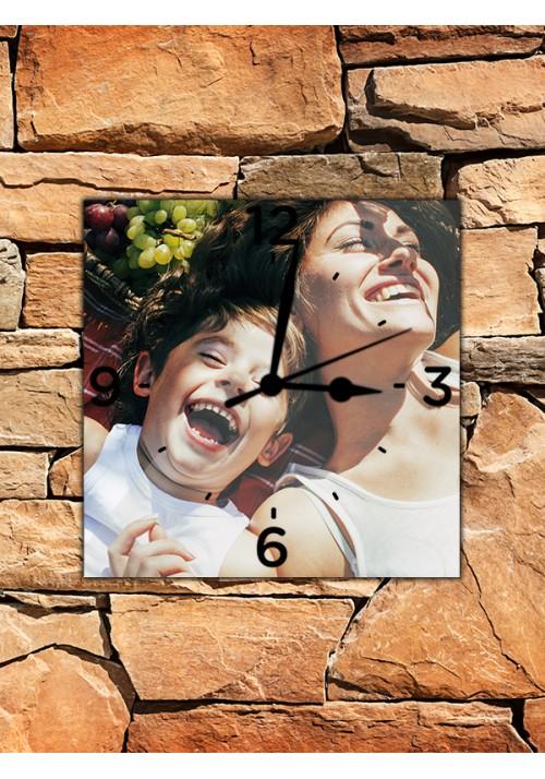 Horloge 20x20 cm chiffres noirs