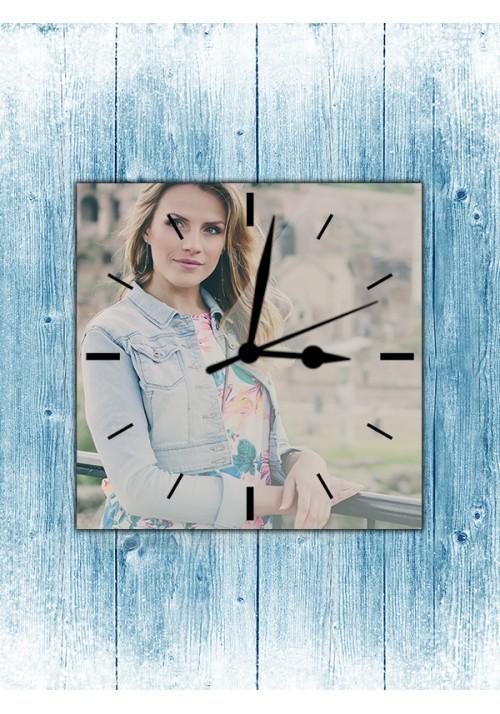 Horloge 20x20 cm sans chiffres noirs